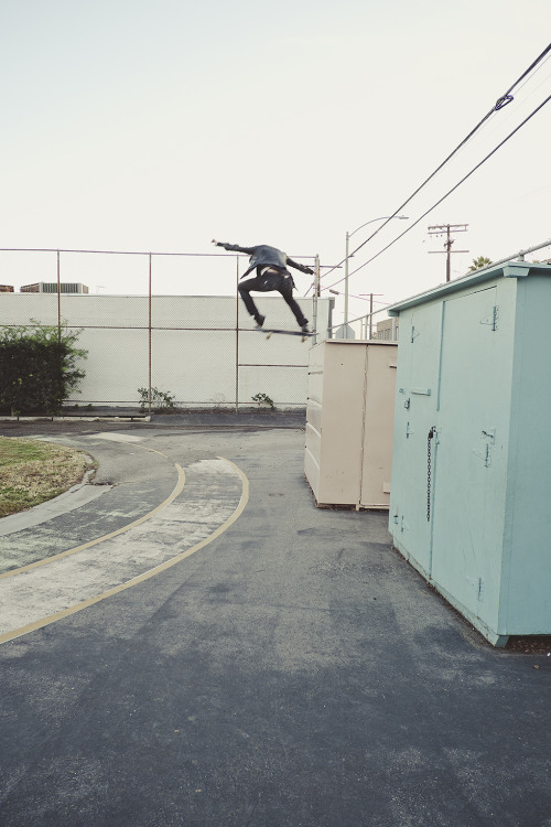 ryanallanphoto:  Ky - Tail Drop - Hollywood, CA
