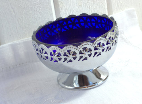 Bon bon bowl with blue glass, buy it here  SOLD www.etsy.com/listing/120155806/candy-bowl-cobalt-blue-glass-celtic