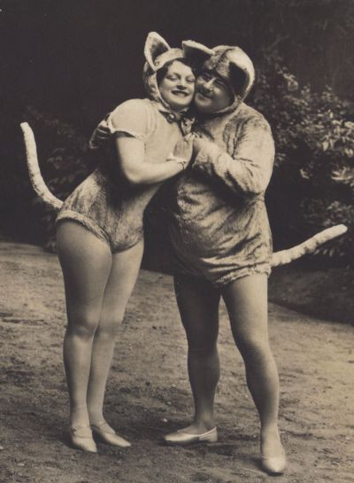 "Vaudeville ""Cats"" 1920s postcards"