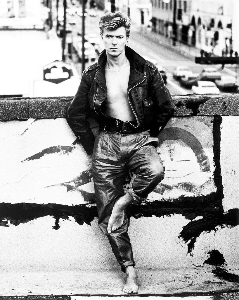 bohemea:  David Bowie by Herb Ritts  Bowie, baby.