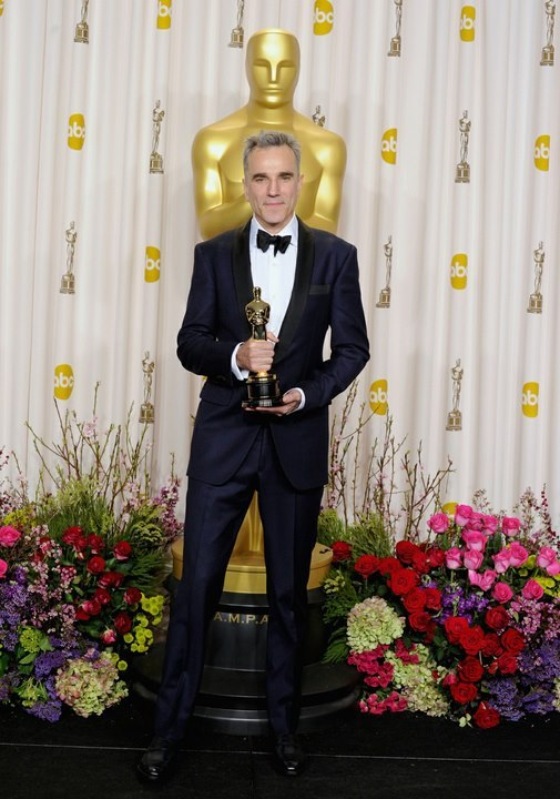 The Oscar's Leading Man. Mr Daniel Day-Lewis provided a sartorial master class in his midnight blue, shawl-collar tux by Domenico Vacca.