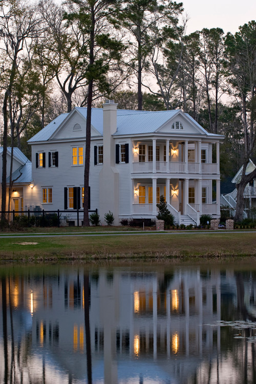 georgianadesign:  West Pond traditional, Charleston. WaterMark Coastal Homes.