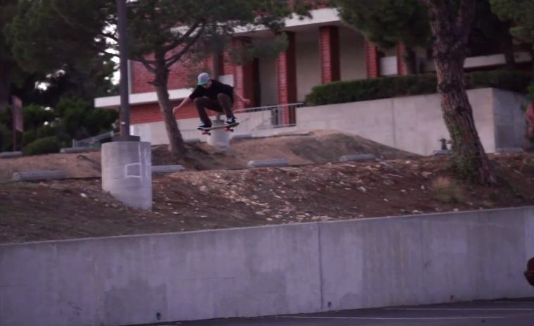 Killer skateboard montage on NKA this week! Rails, Gaps, Ledges you name it! http://youtu.be/q4kZQ3-sZSM