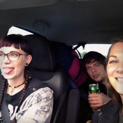My phone woke up!! I dreamt that it was no longer broken, put it on charge this morn and voilà! Here's a picture of Livyar, Tolley and I on our way to #alchemyfestival2014 on Friday 😝🍃 #drivin