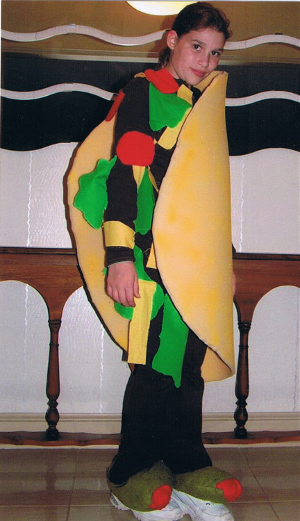 kakakakelly:  One time I was a taco for halloween