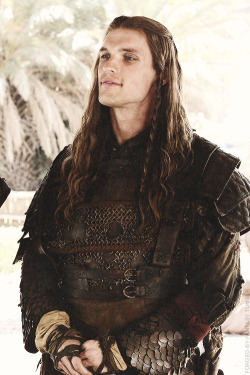 forged-by-fantasy:  Daario Naharis   His hands were large and strong, and there was something in his hard blue eyes and great curving nose that suggested the fierceness of some splendid bird of prey.