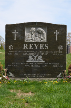 Gravesite - Yankee Fan (all due respect) - Woodlawn Cemetery - Bronx, NY photo (c) Alan Strauber (all rights reserved) 4.28.13