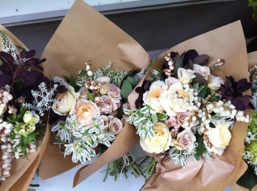 serenadeofaneclecticloversmirage:  pretty little bridesmaids bouquets