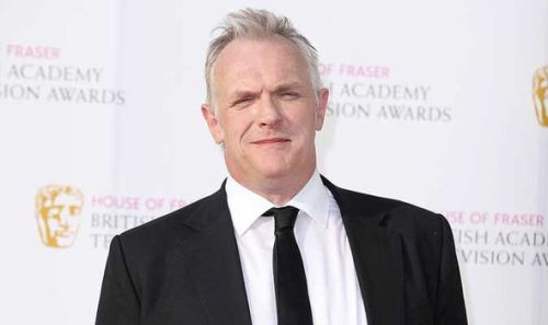 when the cameras are too bright #gregdavies#greg davies