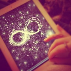 glamxglitz:  heart me on We Heart It. http://weheartit.com/entry/52022799/via/dubtrackfm