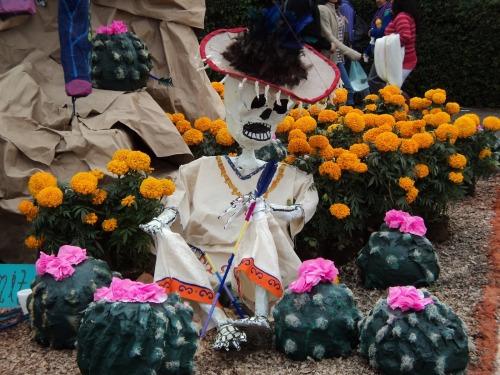 mictlanfvckyeah:Día de Muertos en el DF (II)