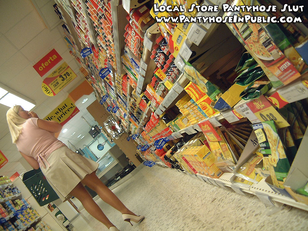 natashanylons:  candid in the local food store of slut in pantyhose