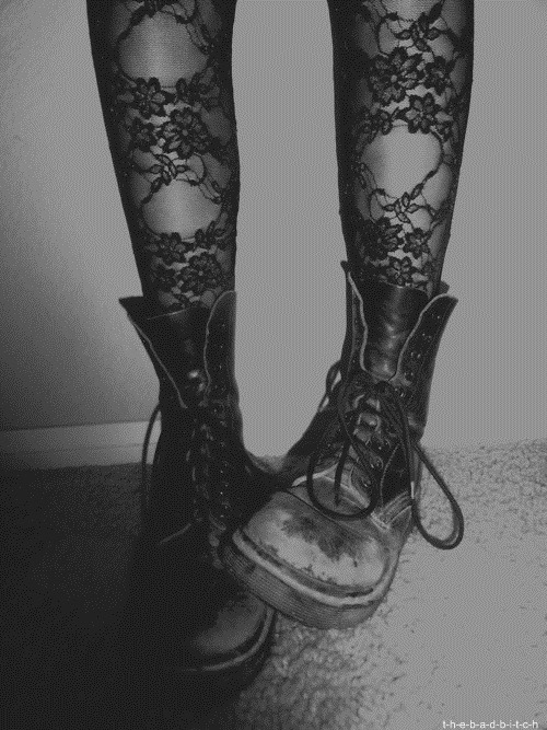 bluelikeoceanss:  Dr. Martens  | via Tumblr on We Heart It - http://weheartit.com/entry/62088035/via/ivandenberghe1   Hearted from: http://imawesomee56.tumblr.com/post/50927017085