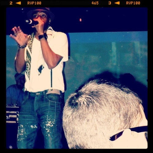 "He had on black Chucks. Throwback concert flick, I sang ""You Are the One"" so loud that night! #mosdef #yaasinbey #livemusic #hiphop #concert"