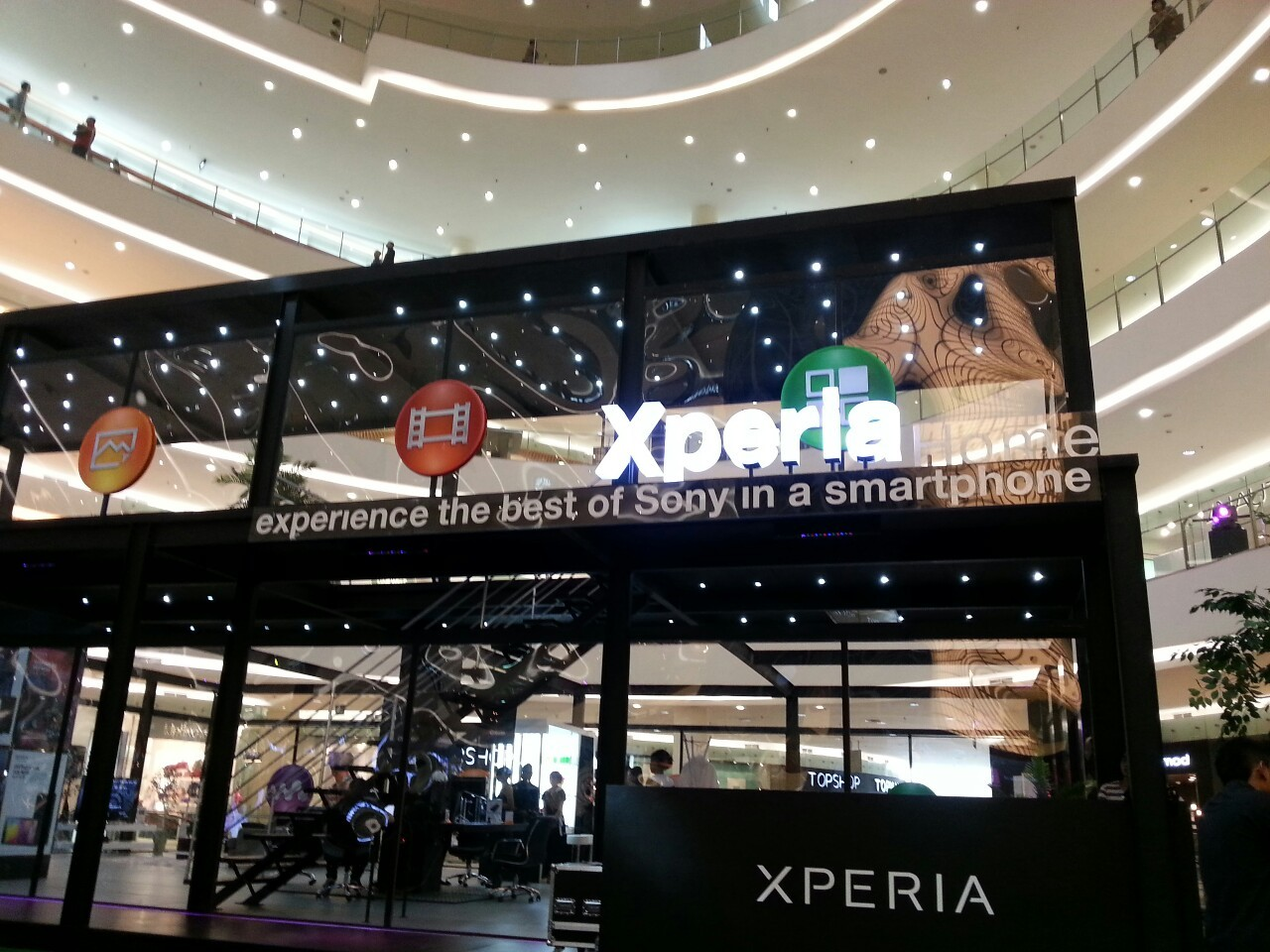 SONY Experia experience the best of sony in a smartphone