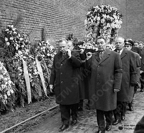 eternal-iceage:  At the funeral of Yuri Gagarin —- we see Leonid Brezhnev and Andriyan Nikolayev carrying his casket. I can't help but tear up looking at images such as this, heroes live forever and Gagarin lives forever in my heart.  B.