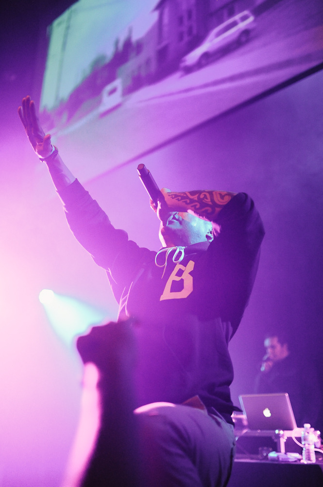 behzodsirjani:  Blue Scholars on the 2012 #TOWNALLDAY tour.  Click here for Brothers From Another.  Click here for The Physics. Click here for the whole set.