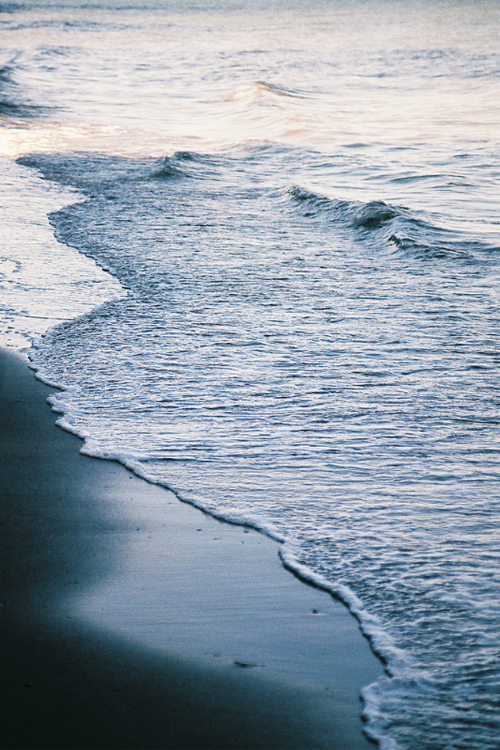 plasmatics-life:  Morning Sea | By Keegan Keene