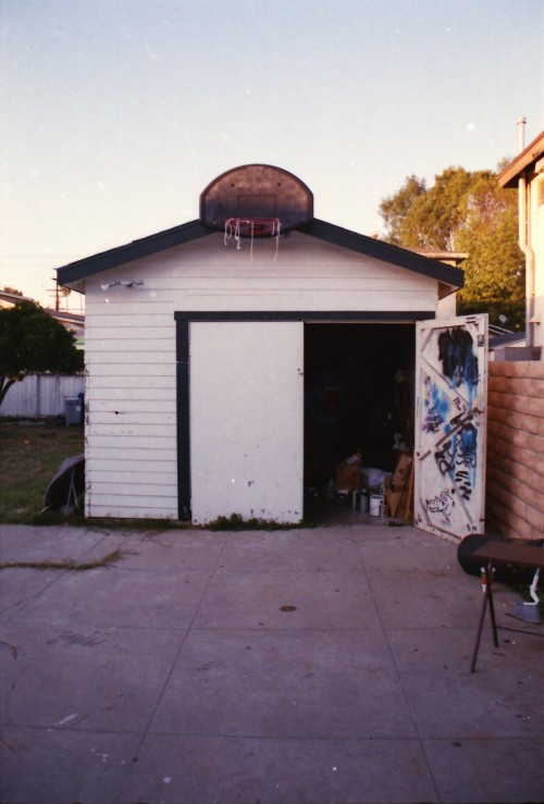 wallyedge:  oscargverra:  House of Rott. San Pedro, CA  Every RO song was written in here.