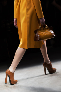(via Bottega Veneta Accessories Fall/Winter 2013 « The Sartorialist)