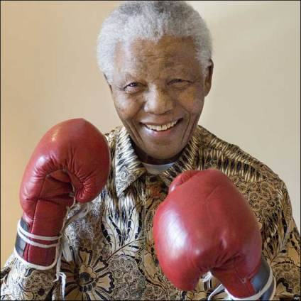 PRAY FOR MANDELA!Lets continue to keep Mandela and his family in our prayers!The fight is not yet over!