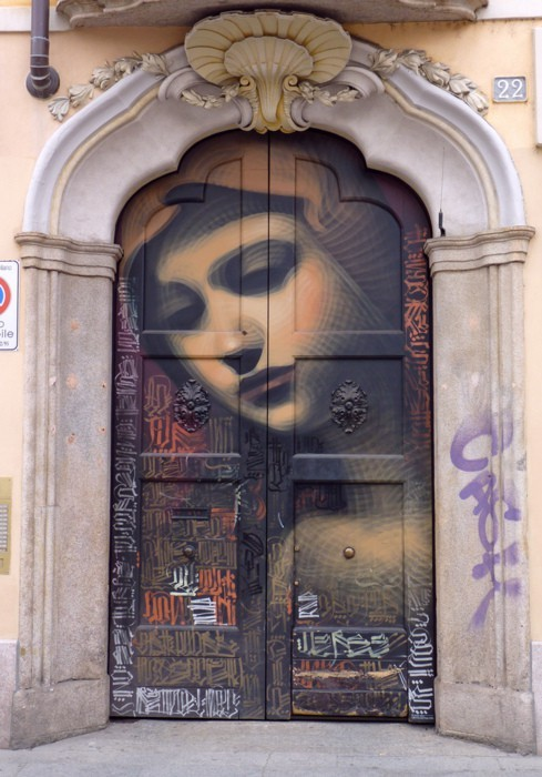 beautiful-portals:  Street art…