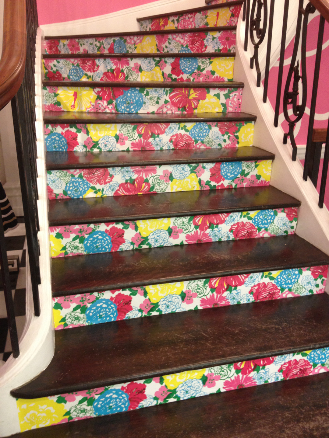 xoxocmy:  The stairs at the Lilly store on 79th St and Madison Ave in NYC