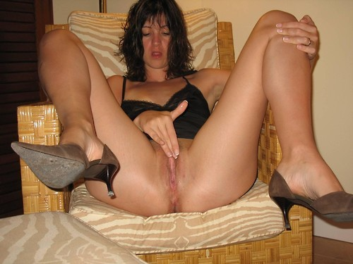 Amateur mature women catfight