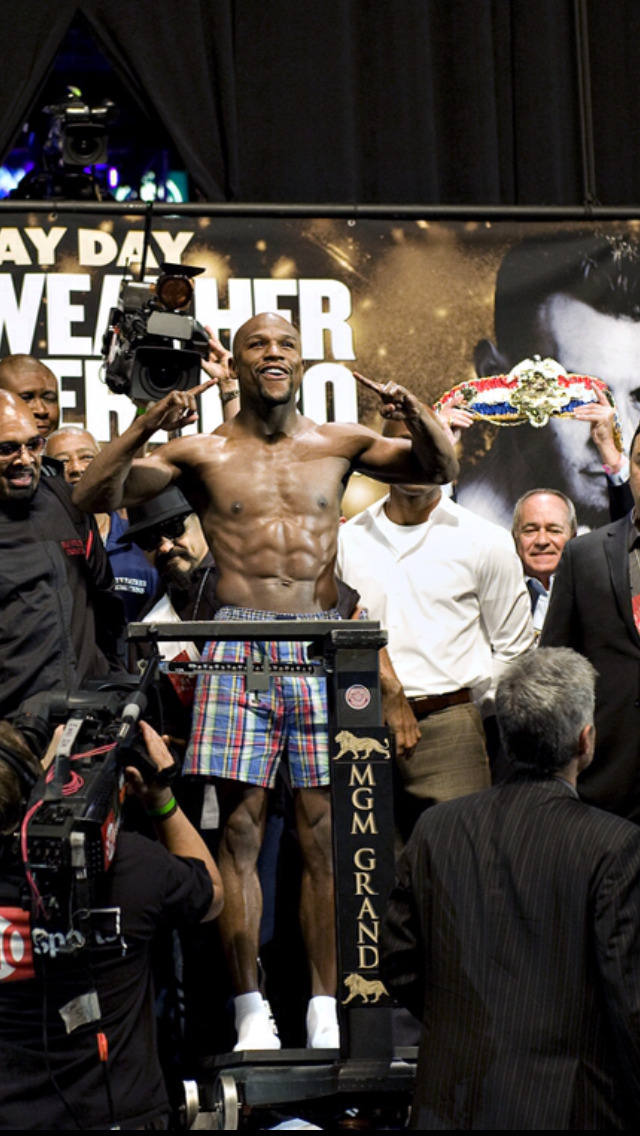floydmayweather:  Look great. Feel great at 146.