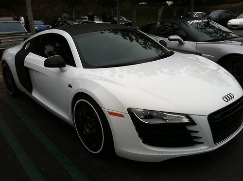 breathe-smoke:  R8 Cars and Coffee, Irvine CA  Omggggg wantttt this!!!