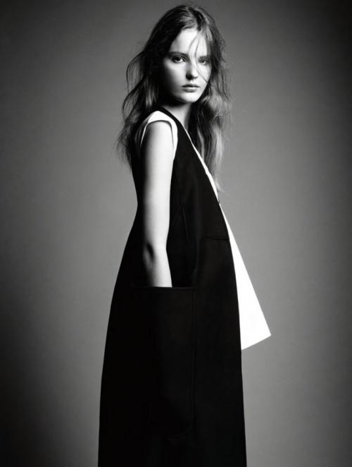 stannats:  Simple Tilda Lindstam photographed by Patrick Demarchelier for Interview Magazine December 2012