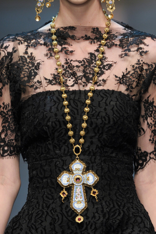 girlannachronism:  Dolce & Gabbana fall 2013 rtw details