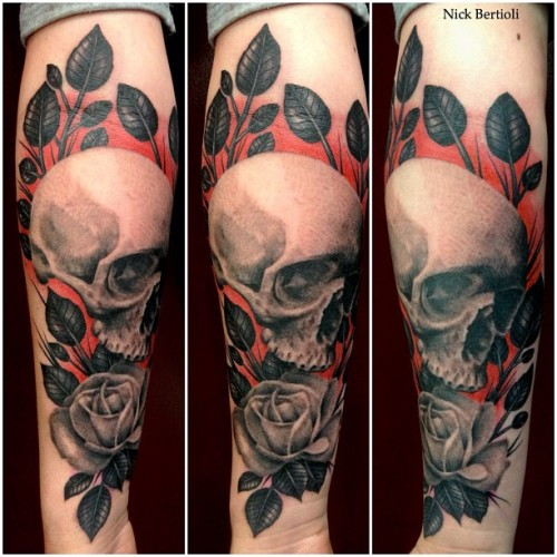 fuckyeahtattoos:  Done by Nick Bertioli at Tin-tin Tatouages Paris France