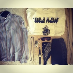itsmorethanink:  #whitagram #summertime #titlefight #ralphlauren #vans #sunglasses #ipod #bandanna #kotf #terror #watch #skirt #sunny ☀☀☀☀