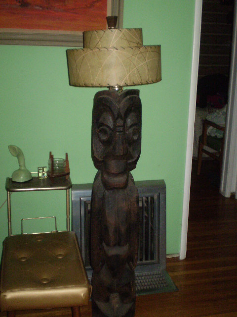 lamps-lamps-lamps:  (via VIntage Large Hand Carved wooden Tiki floor lamp 3 by Spiffytyrant)  I…I think I love everything in this picture!