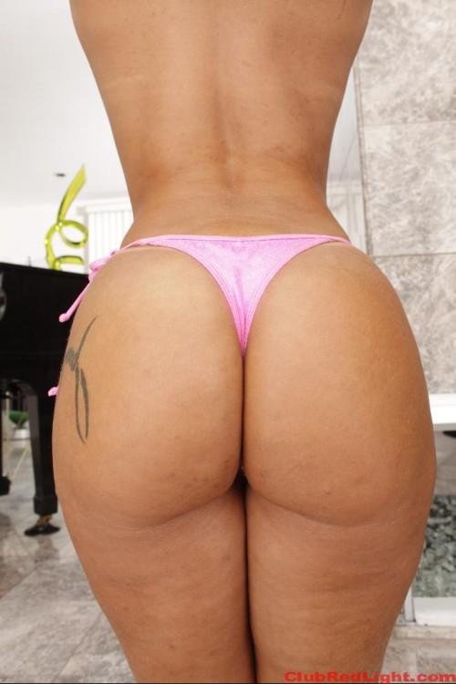 Monica Santhiago 2