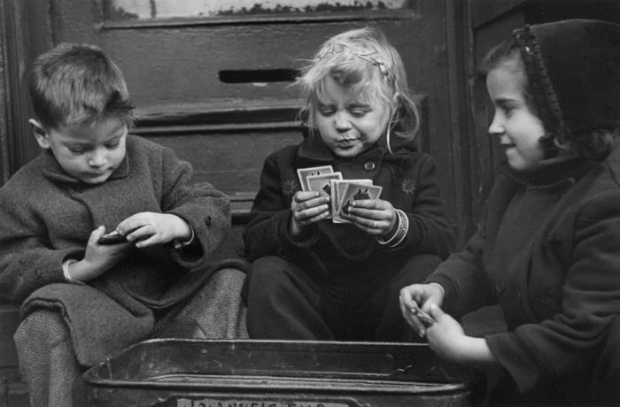 varietas:  Ruth Orkin: The card players New York 1940