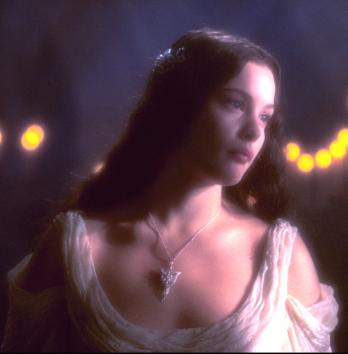 suicideblonde:  Liv Tyler in Lord of the Rings