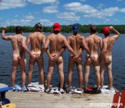 texasfratboy:  with such sweet bubble butts and tanlines, i can see why these college boys can't keep their hands off each other!!