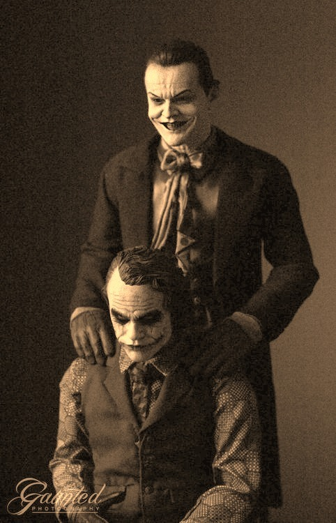 "danivalentine:  This gave me chills.  Jack Nicholson, who played the Joker in 1989 - and who was furious he wasn't consulted about the creepy role - offered a cryptic comment when told Ledger was dead. ""Well,"" Nicholson told reporters in London early Wednesday, ""I warned him."""