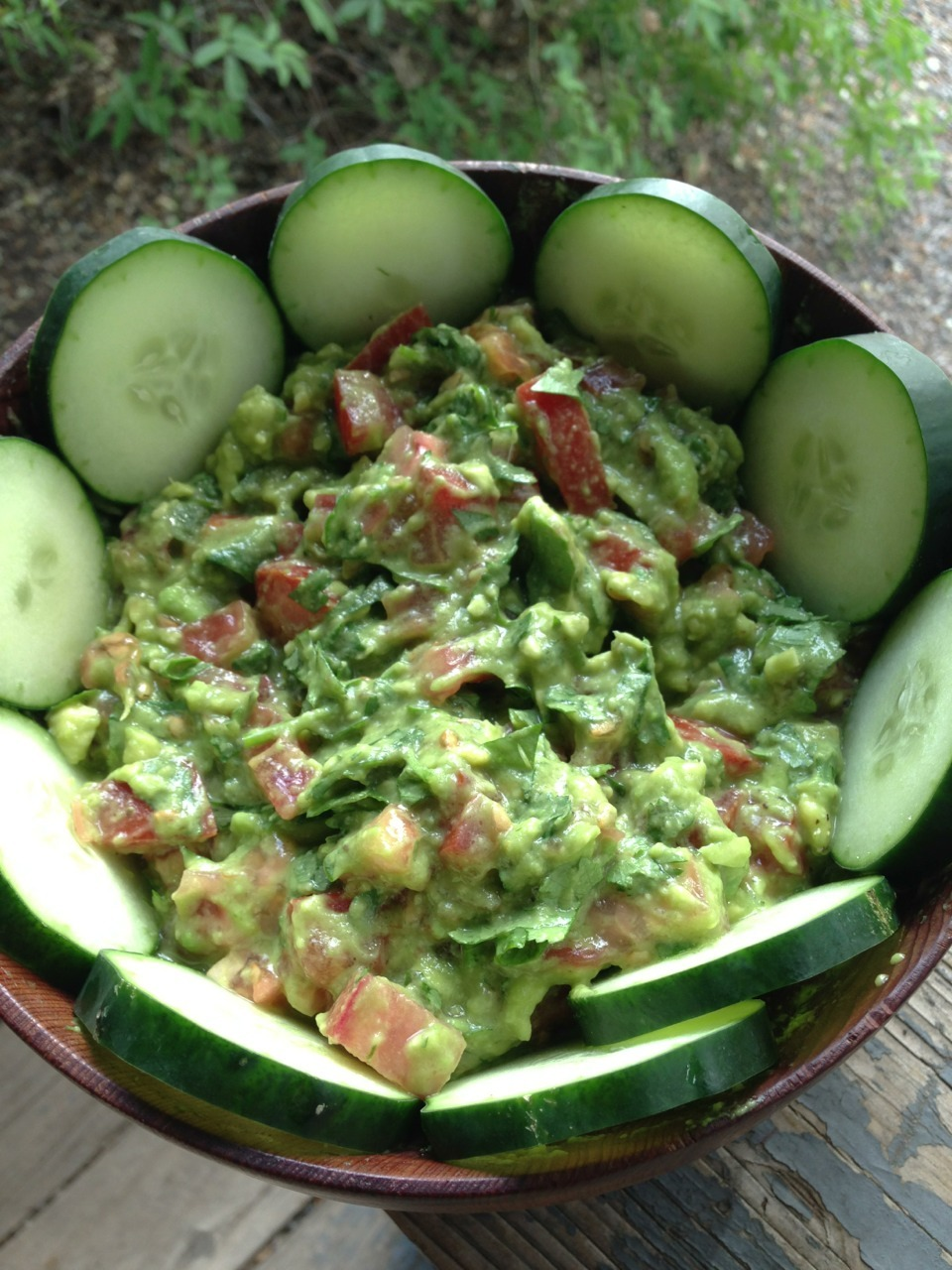 Guacamole with cucumber chips… A classic.