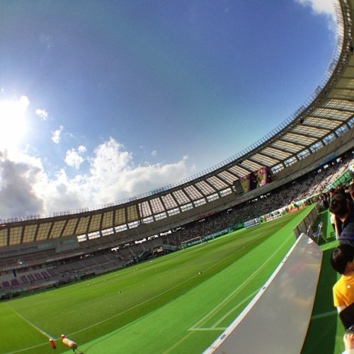 Right before the game, we are on the pitch.  #verdy  (味の素スタジアム)