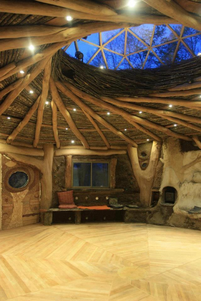 vastwilderness:  log-cabins:  The floor!  The ceiling!  The skylight!  The detailing around the round window!  Energy moves in a circle, god damn.