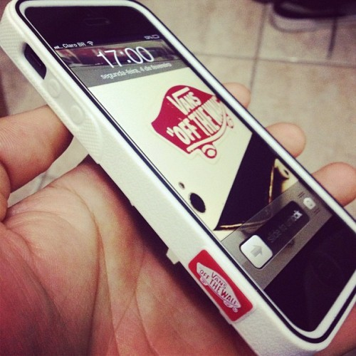iPhone 5 Vans - Off The Wall #vans #skate #iPhone #case #shoes #apple #sk8 #urban