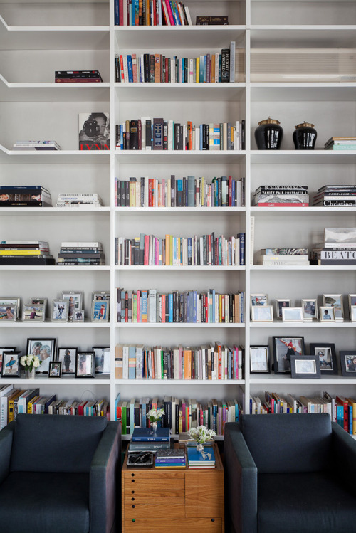 Source: Miss Design One thing that really excites me in a house is a home library. There's something about all the books and odd collected bits & bobs that I find attractive!