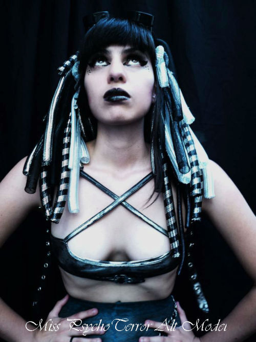 darklady666:  Model: Miss PsychoTerror Follow me at: https://www.facebook.com/MissPsychoTerror?fref=ts XOXO <3