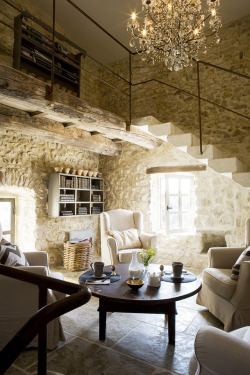 (via a french country home | the style files)