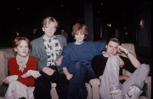 ziggyp0p:  xolivelifelovelifexo:  Molly Ringwald, Anthony Michael Hall, Ally Sheedy and Judd Nelson  ok