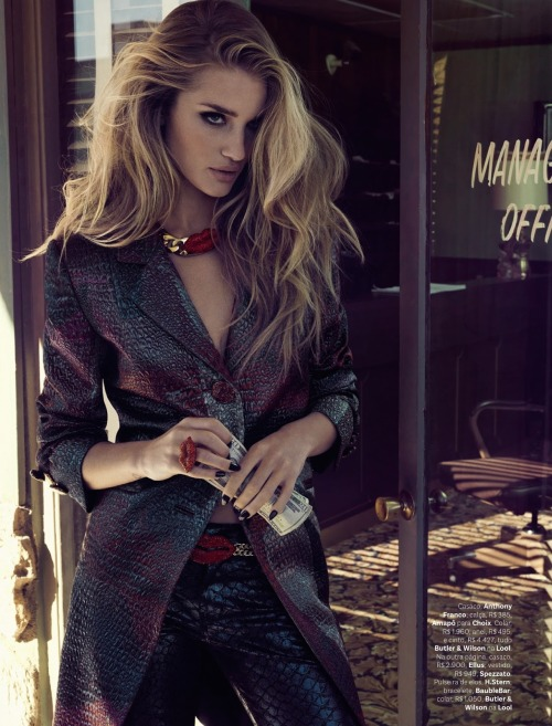 """Gladiadora Do Futuro""Vogue Brazil, April 2013Model : Rosie Huntington-Whiteley"