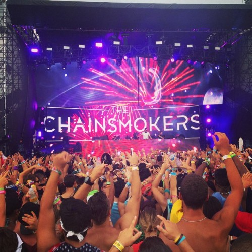 Sad to see @thechainsmokers have to end their set midway. Those guys know how to put together a set and I was having such a good time. Sad for all the artists that got stopped mid-set and those who didn't get to perform. When it rains it pours but from what I saw EZOO6 was about to put together a hell of a day. #EZOO6